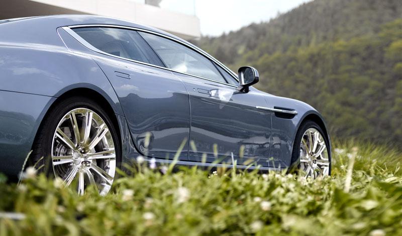 Aston Martin Rapide: Nové fotografie: - fotka 42