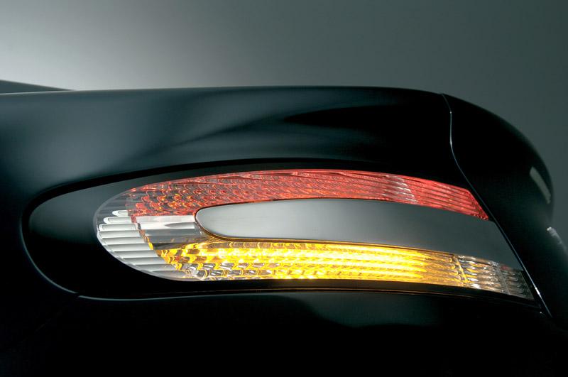 Aston Martin bude spolupracovat s Mercedesem: - fotka 31