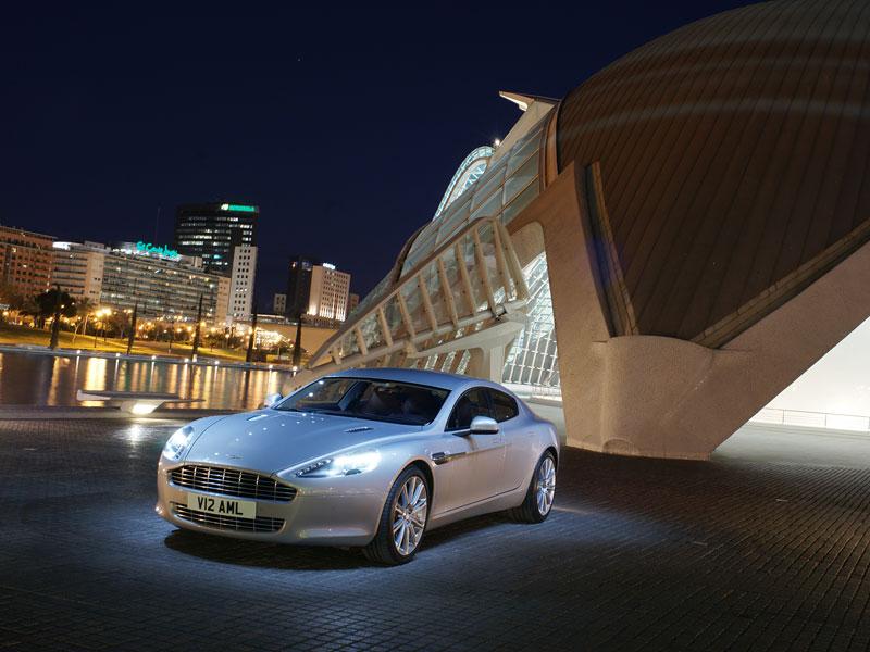 Aston Martin Rapide: konečně pořádná fotogalerie!: - fotka 15