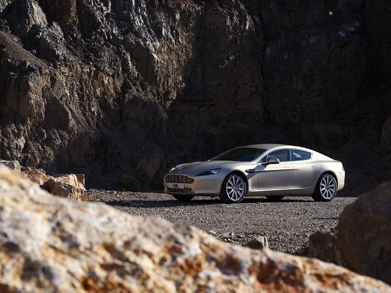 Aston Martin Rapide: konečně pořádná fotogalerie!: - fotka 19