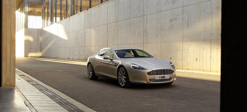 Aston Martin Rapide: konečně pořádná fotogalerie!: - fotka 21