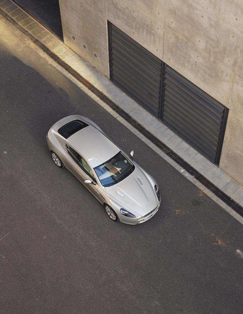 Aston Martin Rapide: konečně pořádná fotogalerie!: - fotka 23