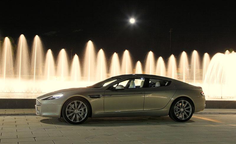 Aston Martin Rapide: konečně pořádná fotogalerie!: - fotka 29