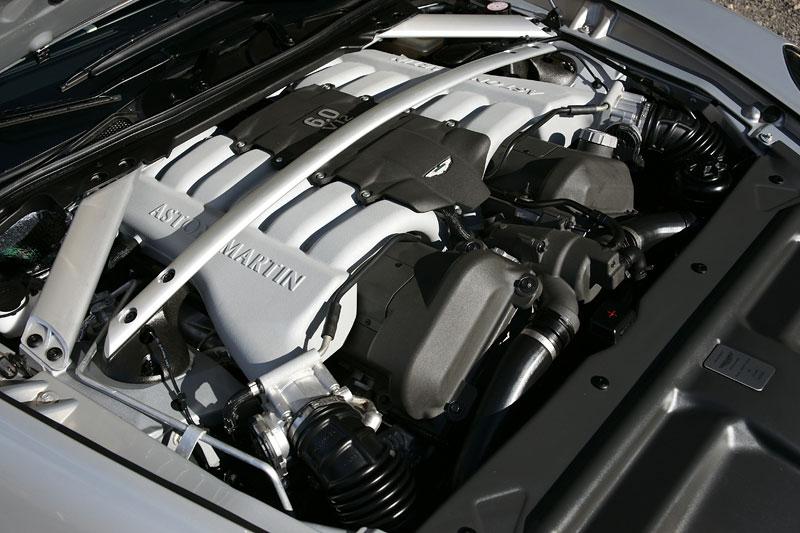 Aston Martin Rapide: konečně pořádná fotogalerie!: - fotka 34