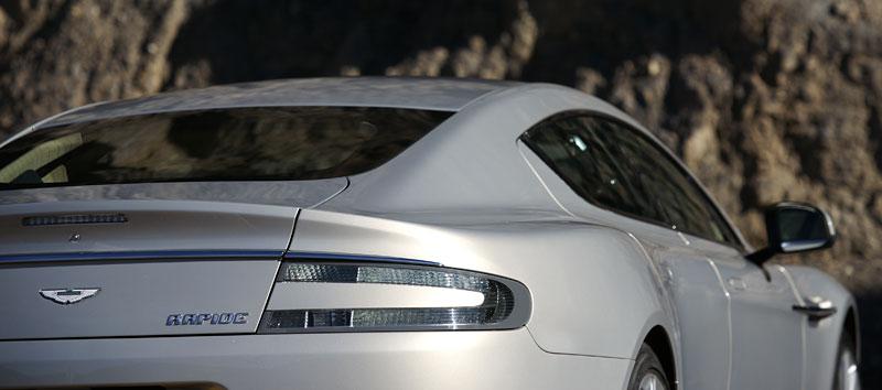 Aston Martin Rapide: konečně pořádná fotogalerie!: - fotka 35