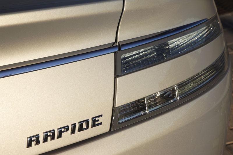 Aston Martin Rapide: konečně pořádná fotogalerie!: - fotka 37