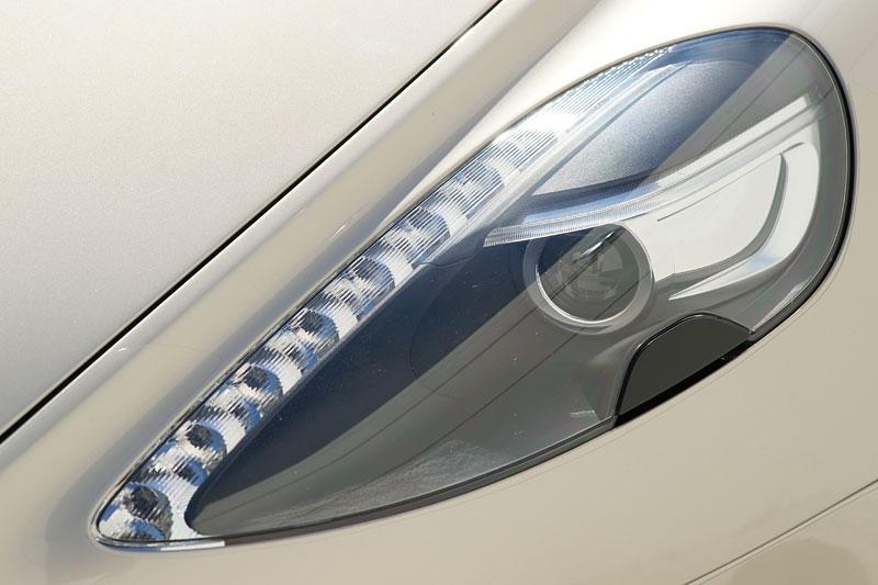 Aston Martin Rapide: konečně pořádná fotogalerie!: - fotka 41