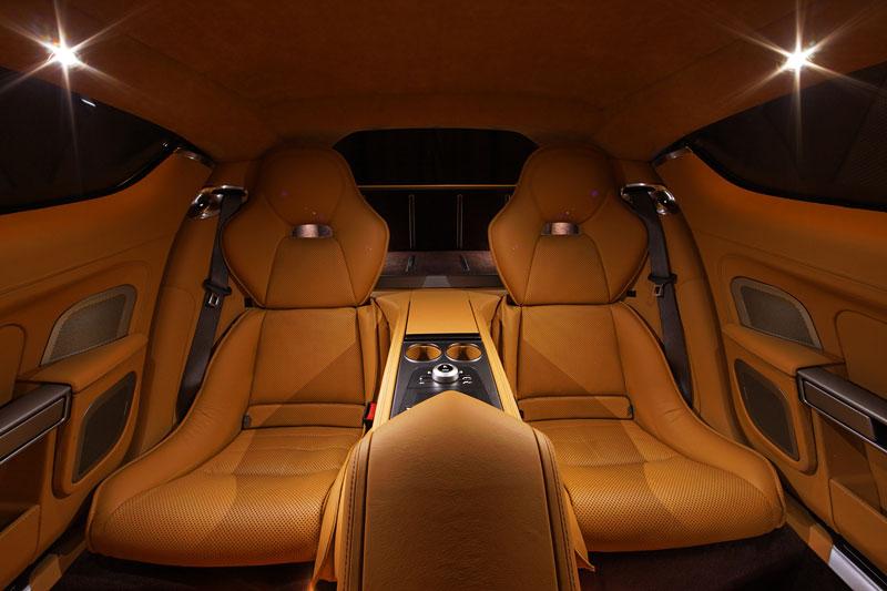 Aston Martin Rapide: konečně pořádná fotogalerie!: - fotka 79