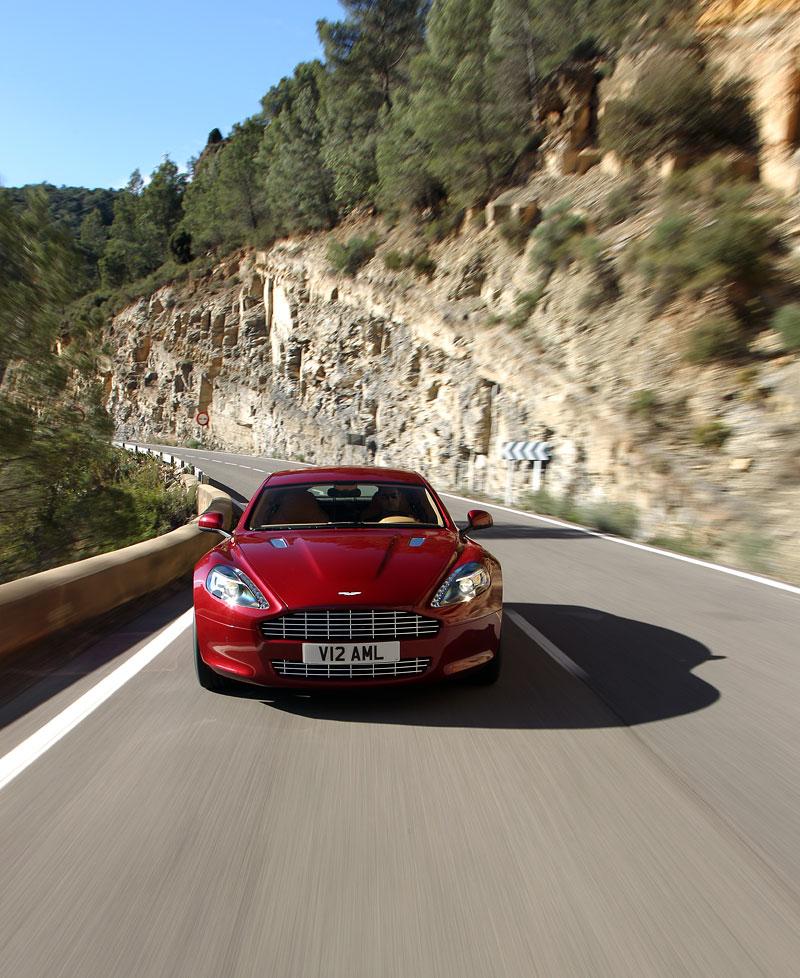 Aston Martin Rapide: konečně pořádná fotogalerie!: - fotka 82
