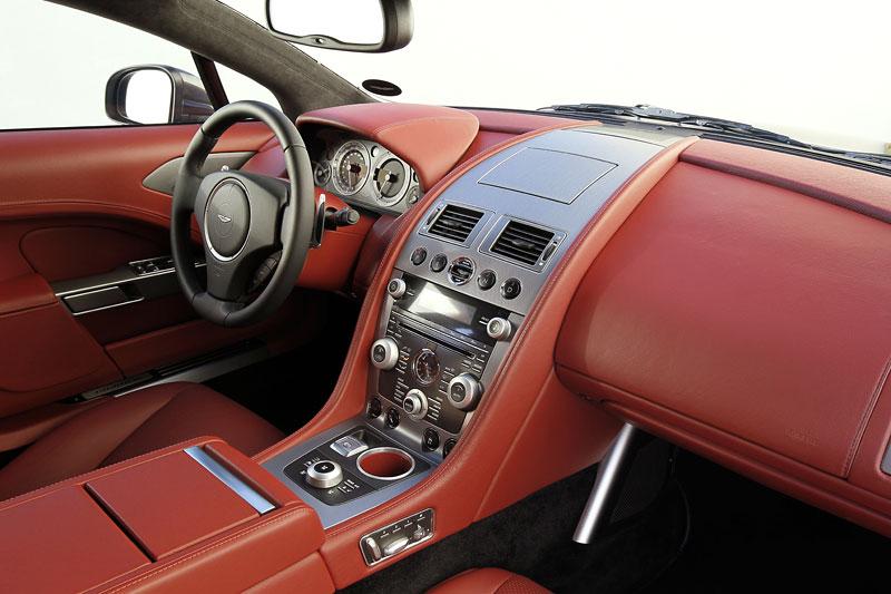 Aston Martin Rapide: konečně pořádná fotogalerie!: - fotka 97