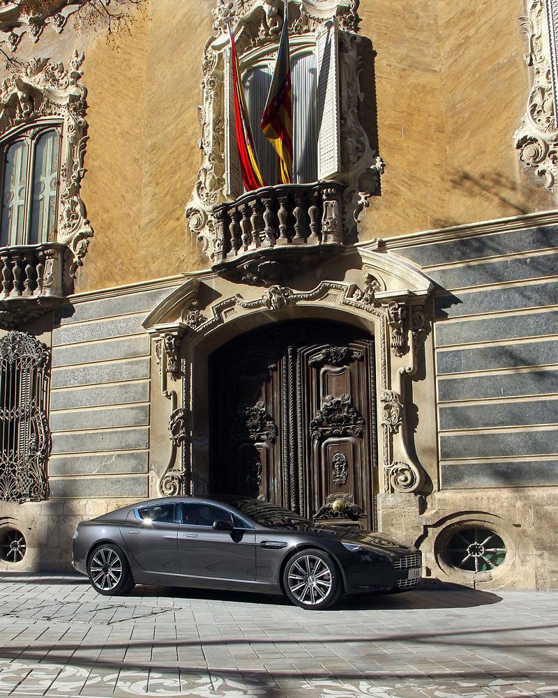 Aston Martin Rapide: konečně pořádná fotogalerie!: - fotka 108