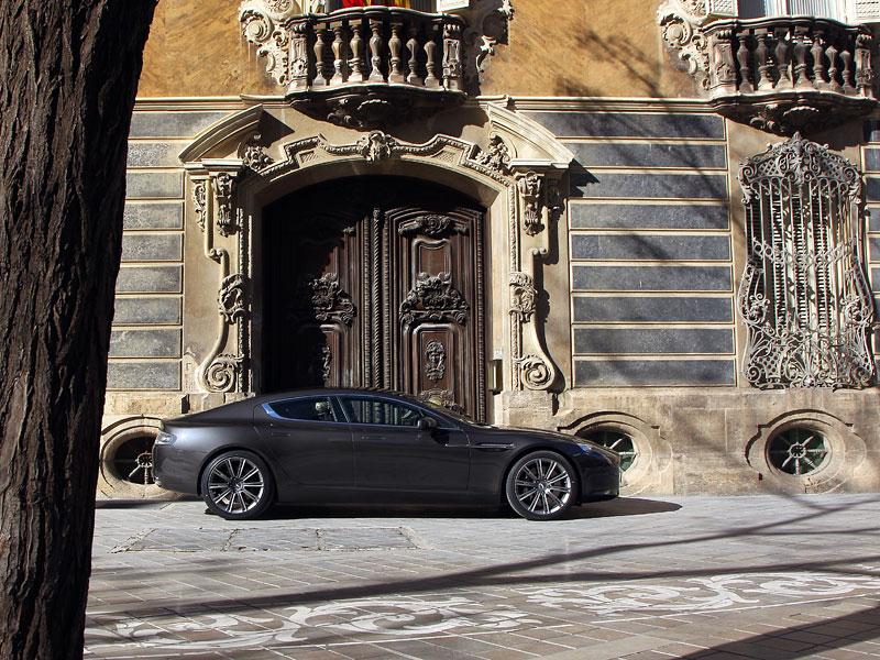 Aston Martin Rapide: konečně pořádná fotogalerie!: - fotka 110