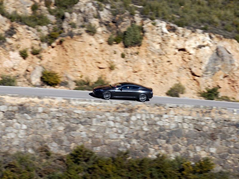 Aston Martin Rapide: konečně pořádná fotogalerie!: - fotka 111