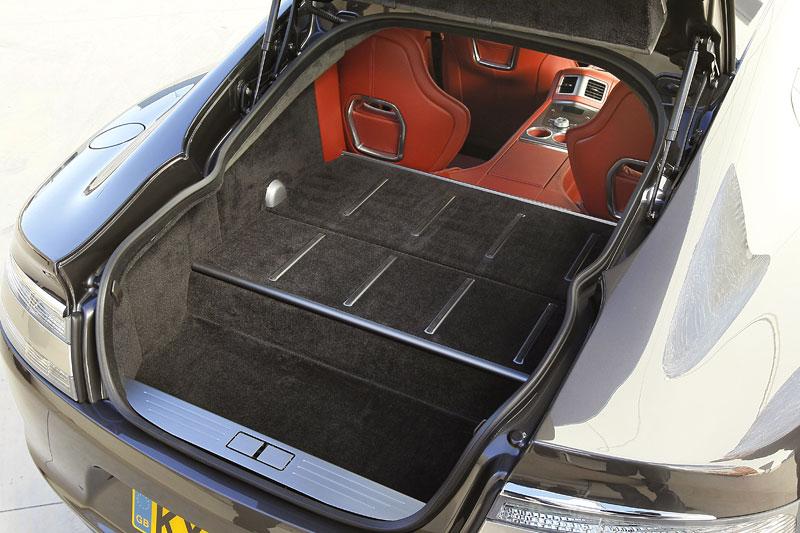 Aston Martin Rapide: konečně pořádná fotogalerie!: - fotka 113