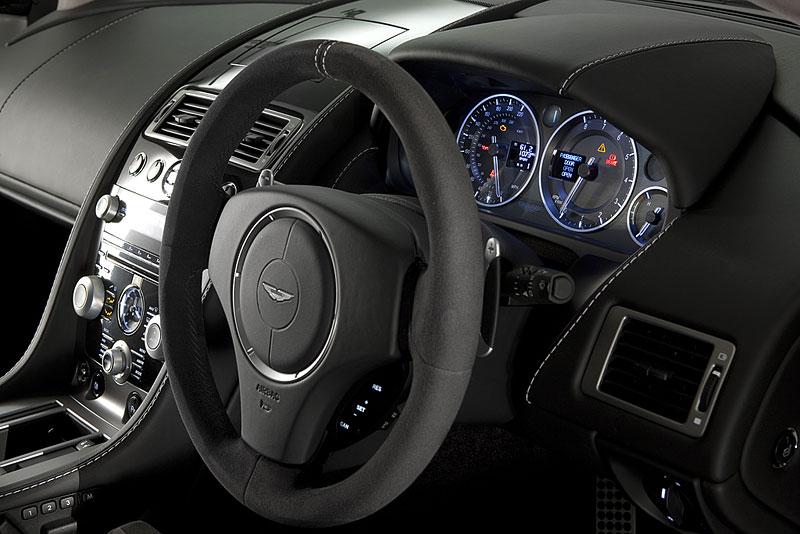 """Aston Martin: nejvíce """"cool"""" značka v Británii: - fotka 63"""