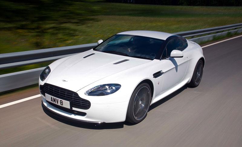 """Aston Martin: nejvíce """"cool"""" značka v Británii: - fotka 66"""
