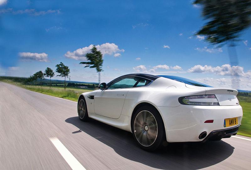 """Aston Martin: nejvíce """"cool"""" značka v Británii: - fotka 68"""