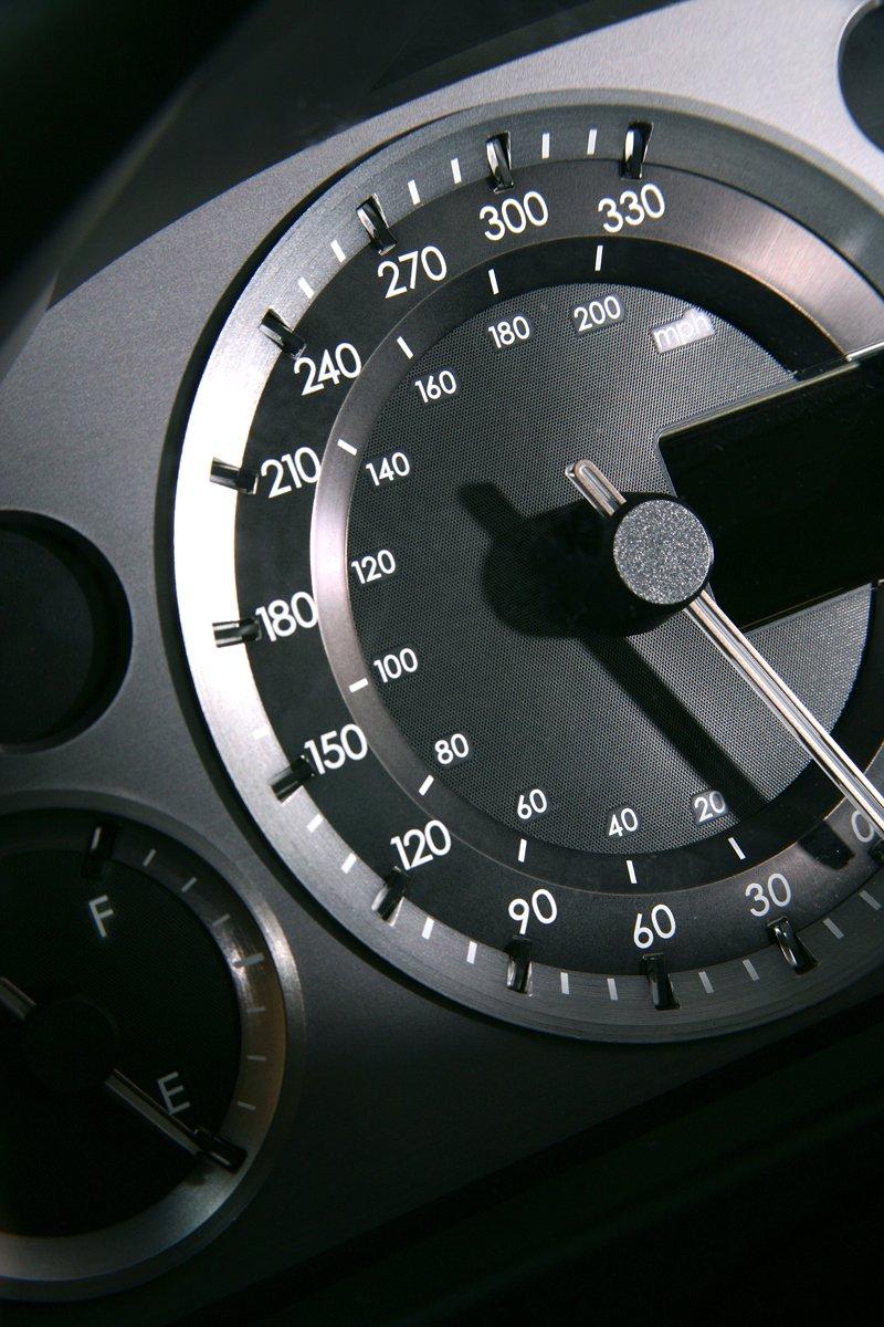 Aston Martin V8 Vantage s větším výkonem: - fotka 1