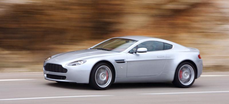 Aston Martin V8 Vantage s větším výkonem: - fotka 9