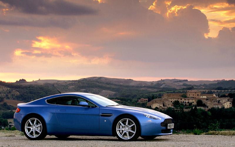 Aston Martin V8 Vantage s větším výkonem: - fotka 10