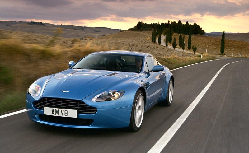 Aston Martin V8 Vantage s větším výkonem: - fotka 12