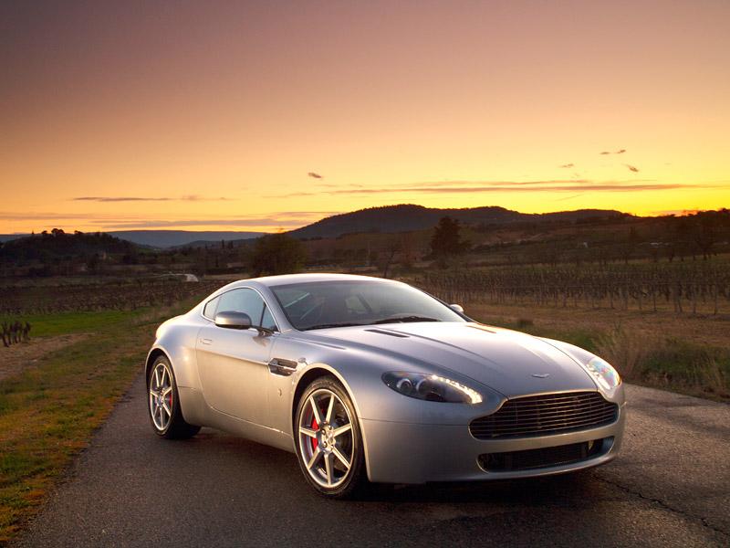 Aston Martin V8 Vantage s větším výkonem: - fotka 13