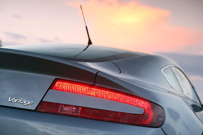 Aston Martin V8 Vantage s větším výkonem: - fotka 25