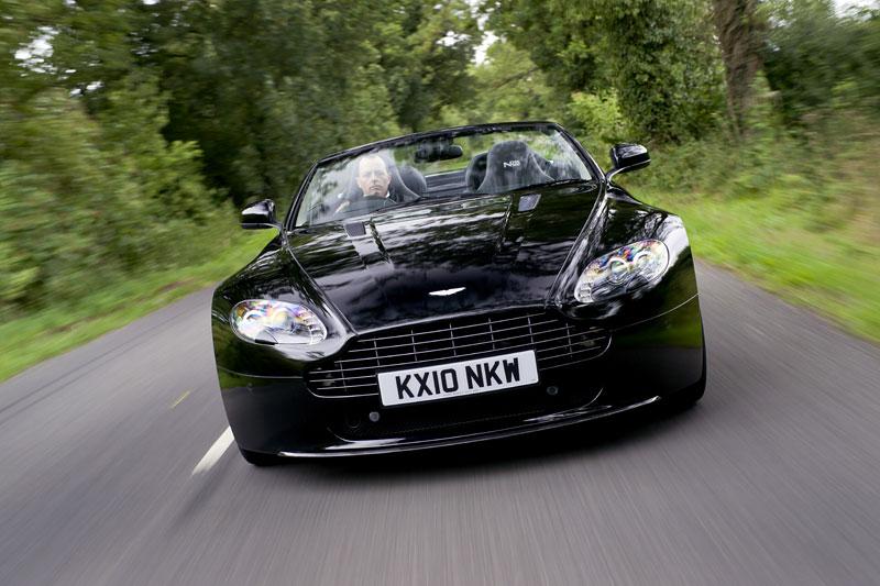 """Aston Martin: nejvíce """"cool"""" značka v Británii: - fotka 70"""