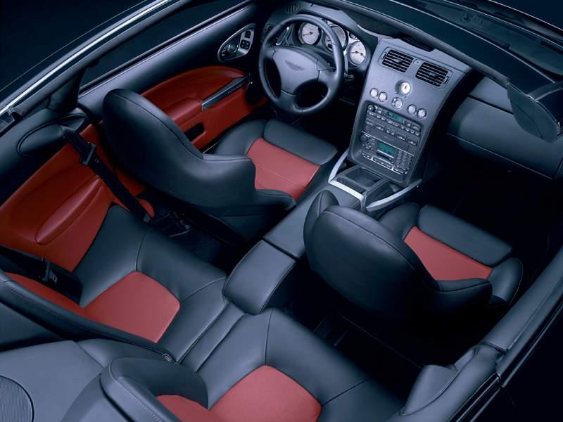 Pod lupou: Aston Martin V12 Vanquish - tygr na silnici: - fotka 3