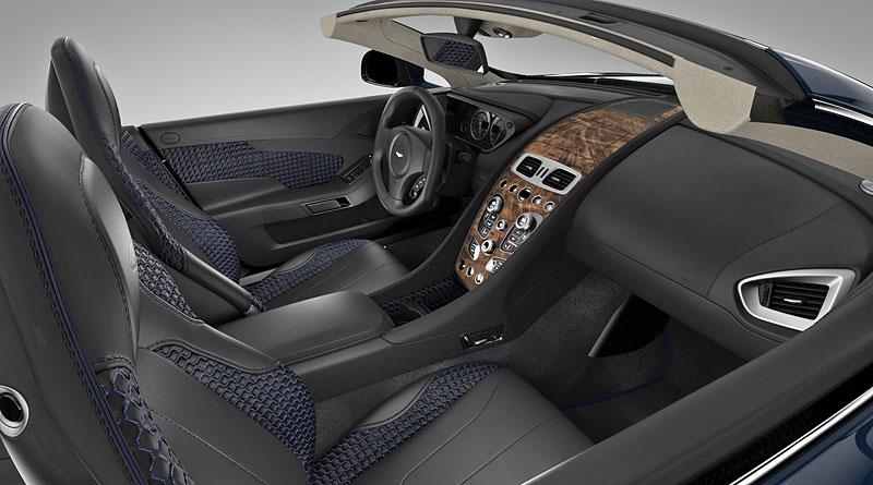 Aston Martin Vanquish Volante pro vánoční katalog Neiman Marcus: - fotka 1