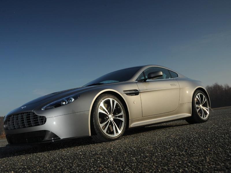 Aston Martin bude spolupracovat s Mercedesem: - fotka 39