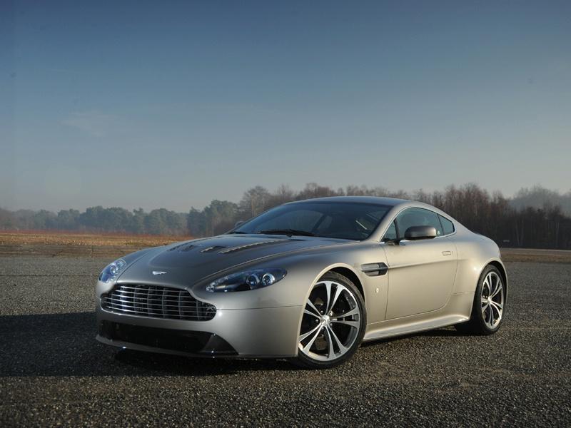 Aston Martin bude spolupracovat s Mercedesem: - fotka 41