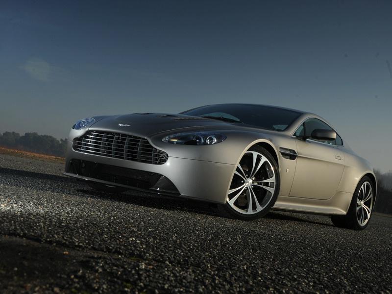 Aston Martin bude spolupracovat s Mercedesem: - fotka 42