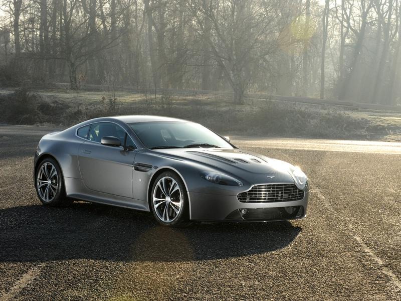 Aston Martin bude spolupracovat s Mercedesem: - fotka 44