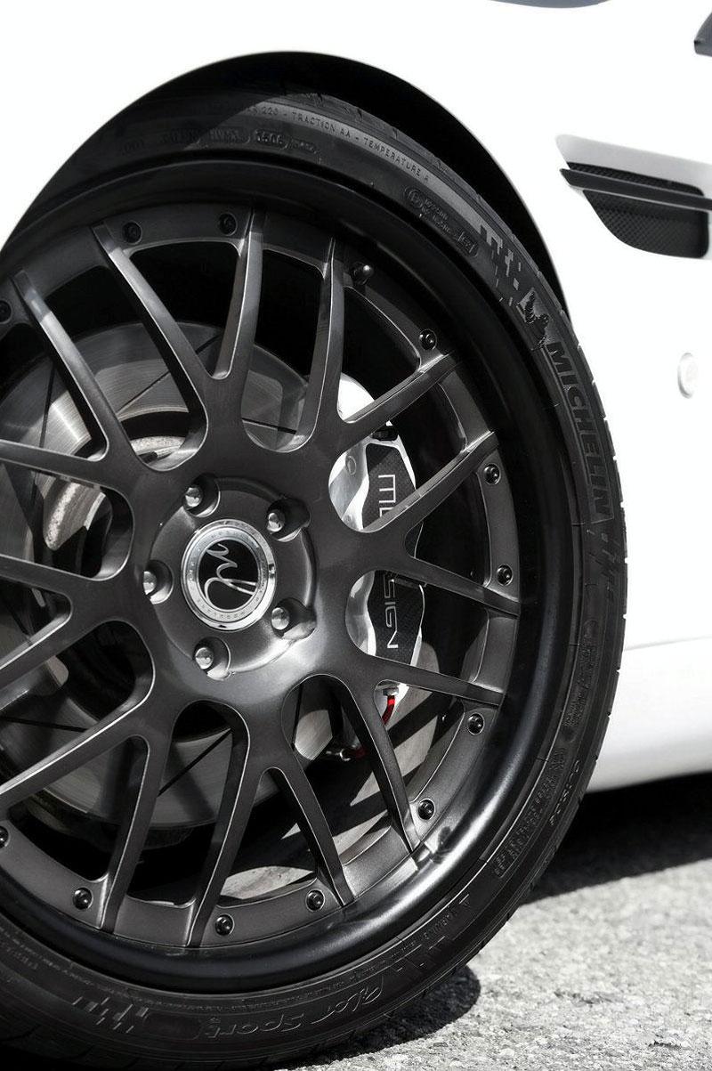 Aston Martin V8 Vantage: Helvellyn Frost od MW Design: - fotka 9