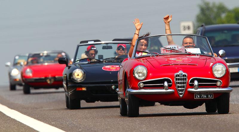 Alfa Romeo oslavila v Miláně sto let existence: - fotka 14
