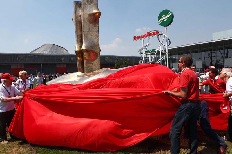Alfa Romeo oslavila v Miláně sto let existence: - fotka 18