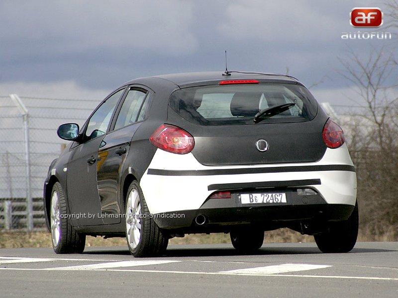 Spy Photos: Alfa Romeo 149: - fotka 8