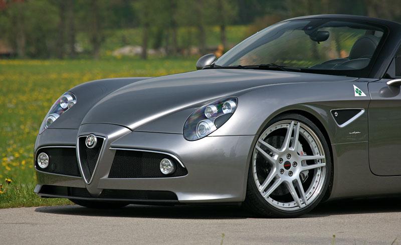 Alfa Romeo 8C Spider: 600 koní od Novitec: - fotka 23