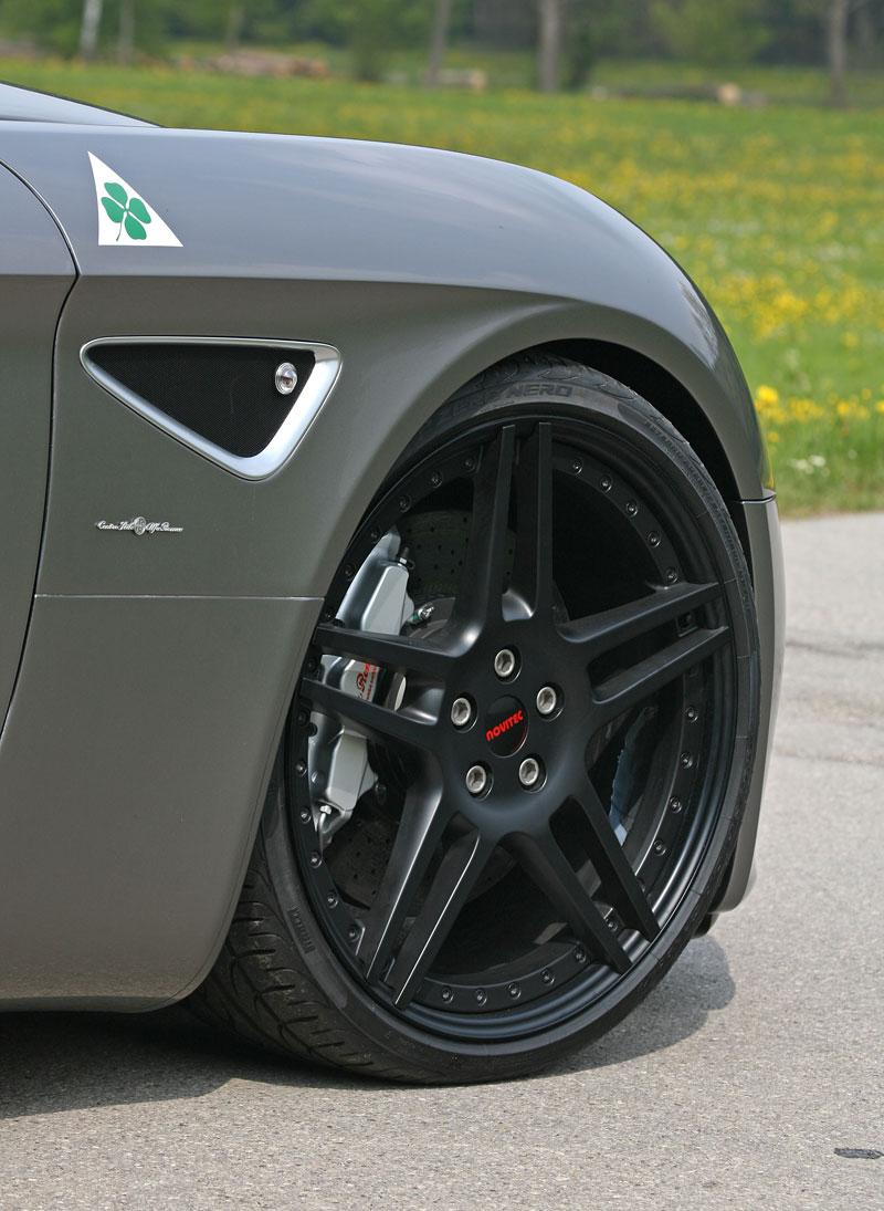 Alfa Romeo 8C Spider: 600 koní od Novitec: - fotka 24