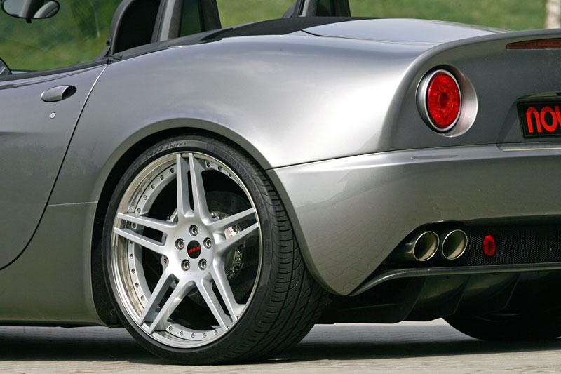 Alfa Romeo 8C Spider: 600 koní od Novitec: - fotka 26