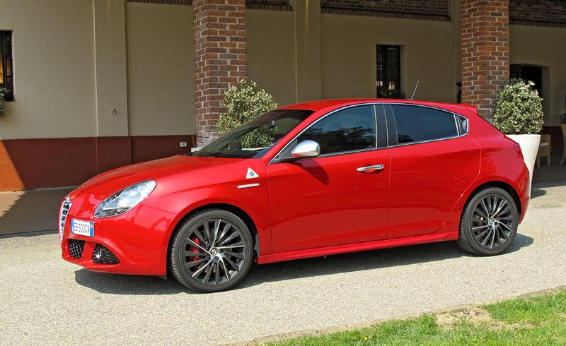 Za volantem: Alfa Romeo Giulietta Quadrifoglio Verde: - fotka 18