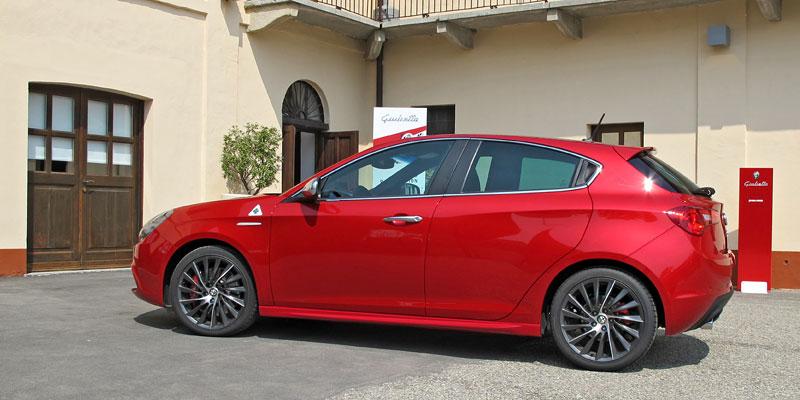 Za volantem: Alfa Romeo Giulietta Quadrifoglio Verde: - fotka 24
