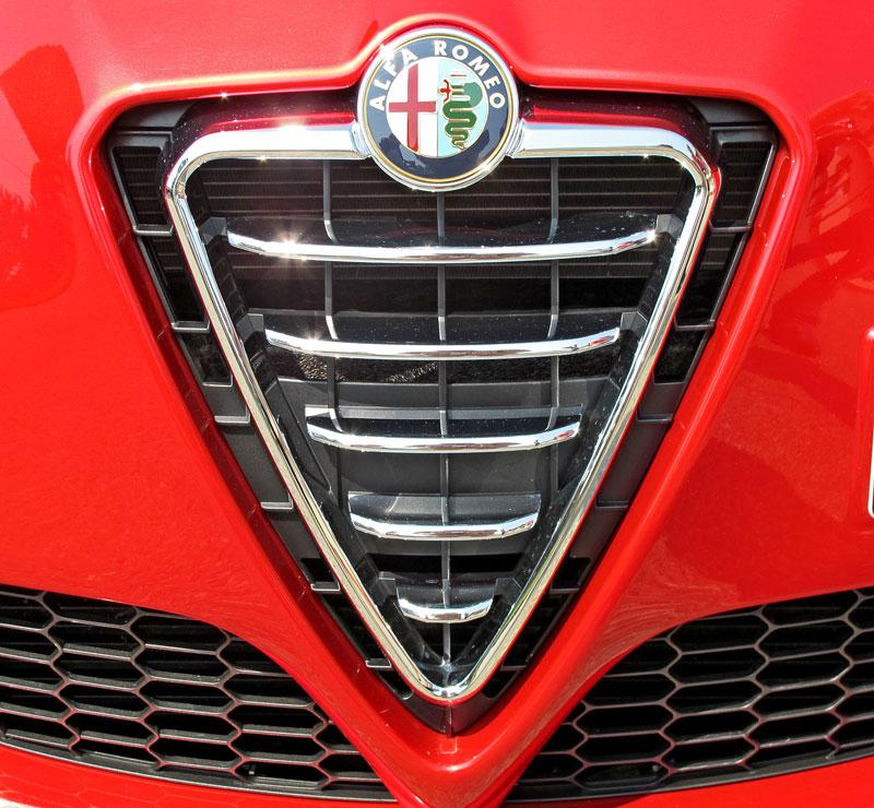 Za volantem: Alfa Romeo Giulietta Quadrifoglio Verde: - fotka 30