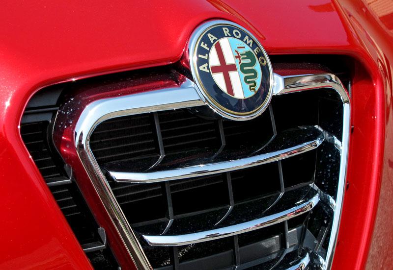Za volantem: Alfa Romeo Giulietta Quadrifoglio Verde: - fotka 31