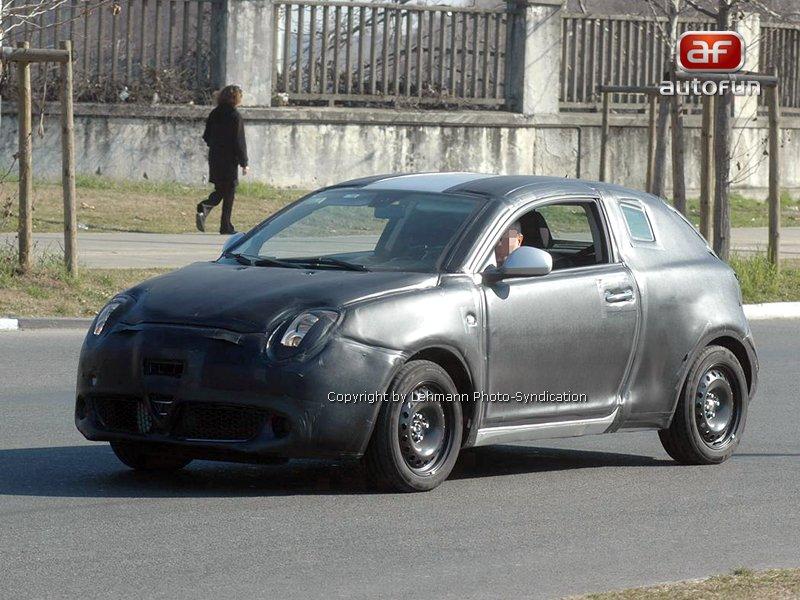 Spy Photos: Alfa Romeo Junior: - fotka 2