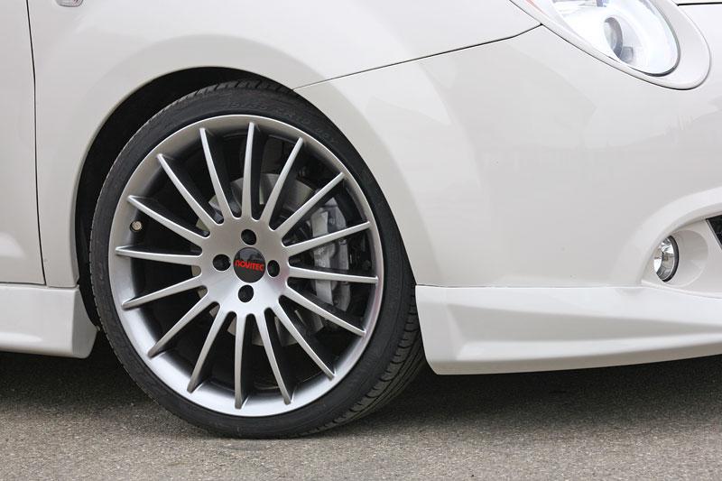 Alfa Romeo MiTo: ostřejší vzhled a vyšší výkon od Novitec: - fotka 16