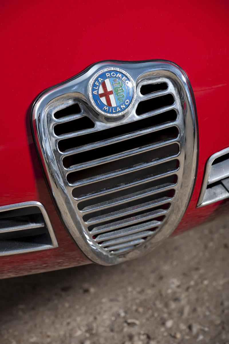"Alfa Romeo Giulietta SZ ""Coda Tronca"" a TZ Coupé míří do aukce: - fotka 9"
