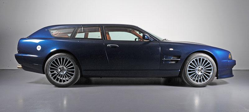 Na prodej je unikátní Aston Martin V8 Shooting Brake. Stejné auto nikdo jiný na světě mít nebude: - fotka 6