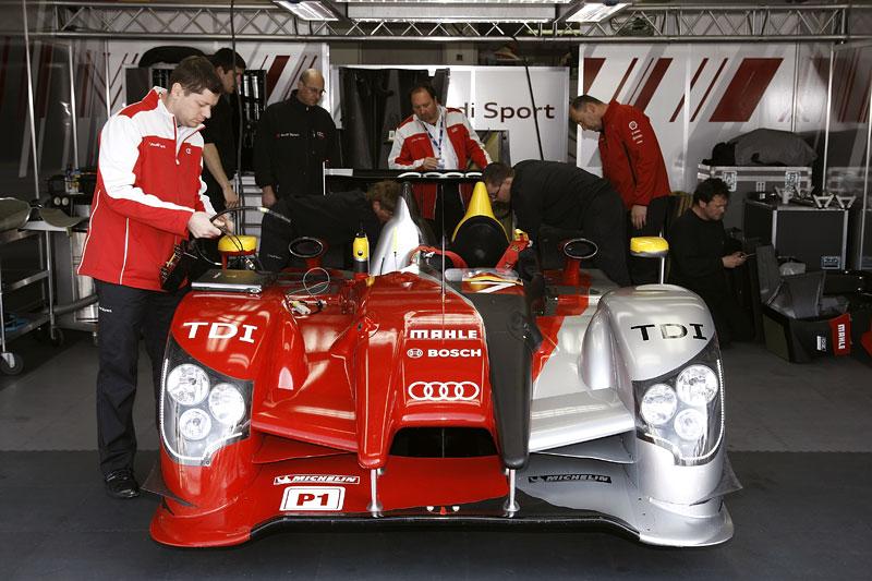 Audi R15 TDI: první start prototypu skončil vítězstvím!: - fotka 4